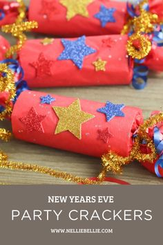 New Years Eve Party Crackers. Fill them with fun toys, candy or goodies. Great activity to add to your celebration. #Howtomake #NewYearsEve #Party #Ideas #Activity Confetti Poppers, Diy Ideas, Party Ideas, Shredded Paper, Make Your Own, How To Make, Cute Diys, New Years Eve Party, Best Part Of Me