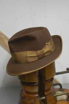 99d44c64b35 Vintage 40 s Brown  amp  Caramel Dobbs Fur Felt by TheVintageHatCo Dobbs  Hats