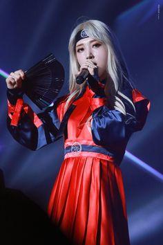 Check out Mamamoo @ Iomoio Kpop Girl Groups, Korean Girl Groups, Kpop Girls, K Pop, My Girl, Cool Girl, Rapper, Wheein Mamamoo, Fandom