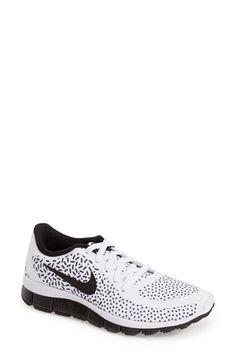 Women's Nike 'Free 5.0 V4' Running Shoe