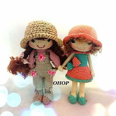 Suri and Jennifer Dolls crocheted by Mum for OHOPSHOP