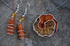bijoux parure collier boucles d'oreilles capsule café nespresso recyclé OR, doré, orange : Parure par cococreative