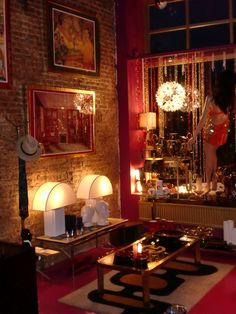 20th century Gallery & Design Feelings. n°5 La Batte 4000 Liège Belgium 0032486487723