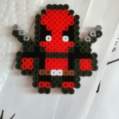 Deadpool perler beads by hanchancookiecakes