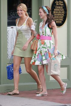 Serena S Most Stylish Moments Serena S Most Stylish Moments As Blake Lively Celebrates Her Birthday We Revisit Her Most Famous Character S Best Outfits Blake Lively Serena Van Der Woodsen Gossip Girl Style Outfits British Vogue Gossip Girl Blair, Gossip Girls, Mode Gossip Girl, Estilo Gossip Girl, Gossip Girl Outfits, Gossip Girl Fashion, Gossip Girl Clothes, Gossip Girl Style, Gossip Girl Dresses