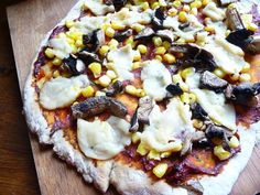 Rustic Vegan Pizza with No Yeast Dough (Budget Recipe, Per Half Pizza) No Yeast Pizza Dough, Wheat Pizza Dough, Whole Wheat Pizza, Whole Wheat Flour, Pizza Recipes, Vegan Recipes, Yummy Snacks, Yummy Food, Rustic Pizza