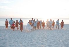 Fun pictures of the entire bridal party on the beach!
