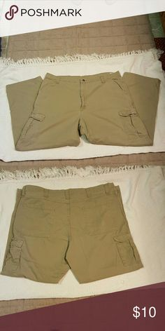 Men's khaki Cargo Pants 42x30 - Men's khaki Cargo jeans,  these have velcro side pockets and are in great condition Wrangler Jeans
