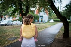 <p>We had few weeks of sweltering heat – there were power outages, temperatures over 35 Celsius degrees and asphalt sticking to shoes. Family walks were possible only at late evenings. And today, when went out for photo session with Wauggl Bauggl's Panta Rhei we were chased by the storm and …</p>