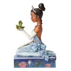 Resilient and Romantic (Tiana with Frog) : Enesco