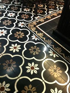 tile floor - PS Cafe, singapore