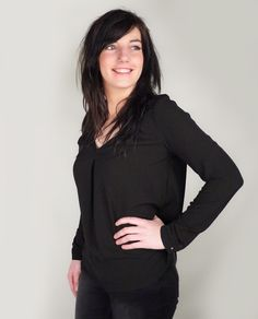 Black blouse @ Paleis.net