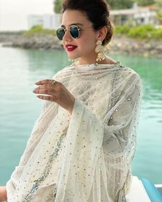 Shadi Dresses, Pakistani Dresses Casual, Pakistani Bridal Dresses, Pakistani Dress Design, Pakistani Clothing, Pakistani Models, Pakistani Girl, Pakistani Actress, Baby Frocks Party Wear