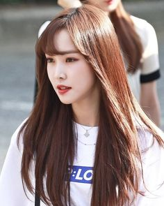 Kpop Girl Groups, Korean Girl Groups, Kpop Girls, K Pop, Gfriend Yuju, Cool Anime Girl, G Friend, Absolutely Gorgeous, South Korean Girls