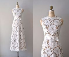 vintage lace wedding dress / 1960s wedding gown / by DearGolden