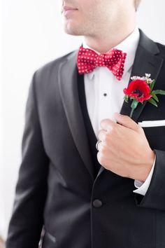 Groom in Classic Black with a Red Bow Tie | Amy and Jordan Photography | http://heyweddinglady.com/retro-glam-wedding-shoot-poppy-red-gold/