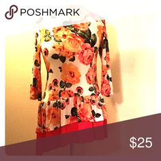 Floral blouse Beautiful floral print blouse. Tops Blouses