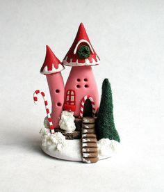 Casa de miniatura Navidad fantasía hadas OOAK por C. Rohal