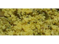 2-Preparazione: Per prima cosa preparate il brodo vegetale, utilizzando un granulato già pronto, o se ne avete il tempo, facendo bollire le verdure. Pulite i carciofi privandoli delle foglie esterne più dure, della barba, delle punte e di una buona parte del gambo. Quello che vi dovrà restare è il cuore del carciofo con 5-6 cm di gambo. Metteteli immediatamente in una bacinella di acqua acidulata con del limone, in modo che non anneriscano. Nel frattempo tritate lo scalogno finemente e…