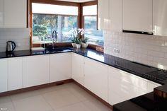 Kitchen Room Design, Modern Kitchen Design, Kitchen Furniture, Furniture Design, Hidden Kitchen, Grill Design, New House Plans, Home Interior, Kitchen Cabinets