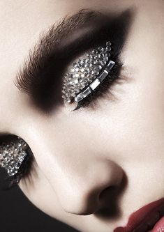 Jazz up your eyes with precious embellishments for a fun and glamorous make up look. #makeup