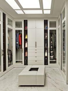 Um charme esse closet !!♥♥