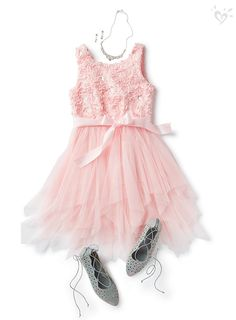 Tween Clothing & Fashion For Girls Tween Fashion, Girls Fashion Clothes, Toddler Fashion, Fashion Dresses, Tween Clothing, Girls Summer Outfits, Sporty Outfits, Cool Outfits, Dance Outfits