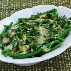Barely-Cooked Green Beans with Tahini-Lemon Sauce and Parsley (plus 10 More Recipe Ideas for Thanksgiving Green Beans.)