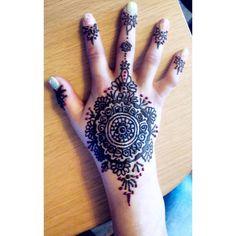 🌸 #henna #hennaart #hennatattoo #mehandi #mandala #mandalaart #ķekava #eyebeka Henna Art, Hand Henna, Henna Tattoos, Mandala Art, Instagram Posts, Hennas, Henna Shoulder Tattoos