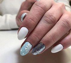 Кому нравится такой маникюр? #manicure#nails#маникюр#маникюрчик#ногти#ноготки#ноготочки#гельлак#шеллак#красивыйманикюр#красивыеногти#зимнийманикюр#ман... - Маникюр Прически (@_manicure_2017_)