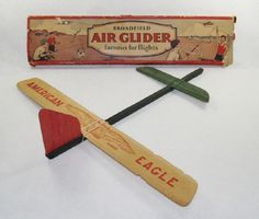 """Broadfield """"American Eagle"""" catapult launch glider (ca late 1920's) – The Eagle is another canard configured glider … which were popular in the 1920's.  The canard sat in a notch that provided several different degrees of up-angle, depending on whether you wanted long glides or aerobatic loops."""