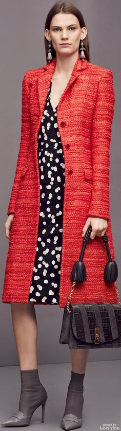 Altuzarra Pre-Fall 2016 Love the polka dots and everything about the coat. Color and vintage look of it. Red Fashion, Autumn Fashion, Fashion Outfits, Womens Fashion, Fashion Trends, Office Fashion, Work Fashion, Capes, Coats For Women