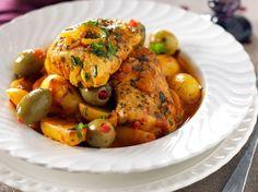 Découvrez la recette Tajine de poisson à la marocaine sur cuisineactuelle.fr.