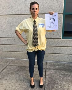 The Office costume Dwight Schrute. The Office costume Halloween Clown, Dwight Halloween Costume, Office Halloween Costumes, Halloween Projects, Halloween 2019, Halloween Stuff, Halloween Makeup, Halloween Party, The Office Costumes