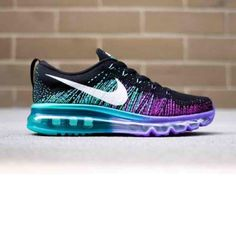 69853d5266a01 2015 Nike Flyknit AirMax These are SIZE 8