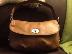 Coach (F15170) Beige Leather Shoulder Bag. (Purchased from eBay in EUC for $24.90us)