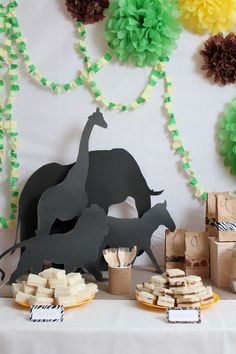 Animals safari party table