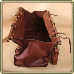 No. 3 Leather Grip Bag Open empty