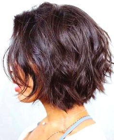 Layered Bob Hairstyles Please Visit Our Website For More. - Layered Bob Hairstyles Please Visit Our Website For More. Short Layered Haircuts, Layered Bob Hairstyles, Hairstyles Haircuts, Cool Hairstyles, Bohemian Hairstyles, Layered Short Hair, Short Pixie, Medium Layered Bobs, Hairstyle Ideas