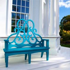 I am currently coveting @bettiebeardenpardee 's signature #parterrebench in the newly introduced blue. #design #gardendesign