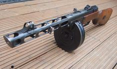 PPSh-41 7.62x25mm, Russian submachinegun, with 71 round drum. Cyclic rate of fire: 900 rpm.