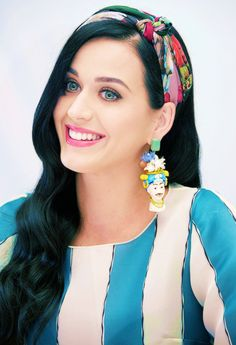 From headbands to earrings, Katy Perry knows how to accessorize! #KatyPerryPRISMCollection