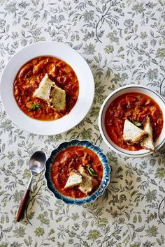 Feed a crowd with this bright, slightly piquant tomato and pepper soup.