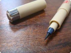 As canetas da marca japonesa Sakura são especiais  e ideais para colorir e finalizar todos os seus desenhos e croquis.