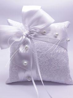 Подушечка для колец Gilliann Ice Lady PIL187http://www.wedstyle.su/katalog/pillow/podushechka-dlja-kolec-gilliann-peony, http://www.wedstyle.su/katalog/pillow, ring pillow, wedding pillow