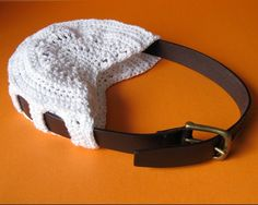 """diy crochet bag:  """"repurposing old belts, would use soft belt rather than hard leather... crochet sides with double treble stitch in order that you can thread belt through...can make the bag bigger if you thrift a large man's belt"""""""