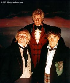 Three Doctors: William Hartnell (The first Doctor), Jon Pertwee, (The Third Doctor) and Patrick Troughton (The Second Doctor) Classic Series, Classic Tv, Original Doctor Who, Dr Who Companions, Sci Fi Tv Series, Jon Pertwee, William Hartnell, Classic Doctor Who, Second Doctor