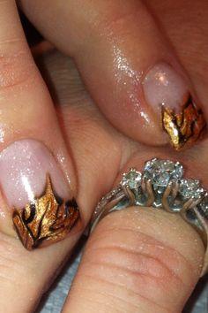 Nail art. Fall leaves