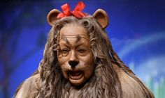 cowardly lion costume from the wizard of oz sells for 3mill!!!