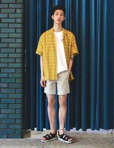 Korean Fashion – Designer Fashion Tips Fashion Moda, Boy Fashion, Mens Fashion, Fashion Outfits, Korean Fashion Men, Asian Fashion, Summer Outfits, Casual Outfits, Men Casual